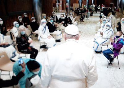 Papa faz surpresa a pessoas desfavorecidas para celebrar São Jorge, o seu onomástico