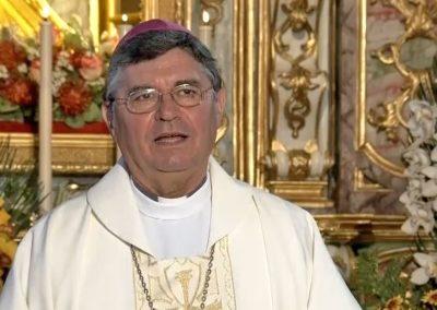 """Bispo de Angra exorta devotos do Santo Cristo a refletir sobre a vida """"que só em Cristo é plena"""""""