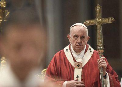 """Papa pede fim de divisões entre """"conservadores e progressistas"""", """"direita e esquerda"""", apelando à unidade na Igreja"""