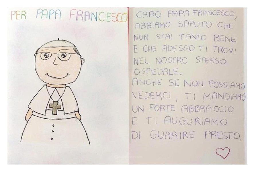 Papa recebeu carta de crianças hospitalizadas e flores de sem-abrigo