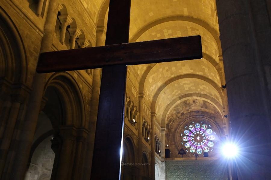 Diocese de Angra recebe símbolos da JMJ em junho de 2022