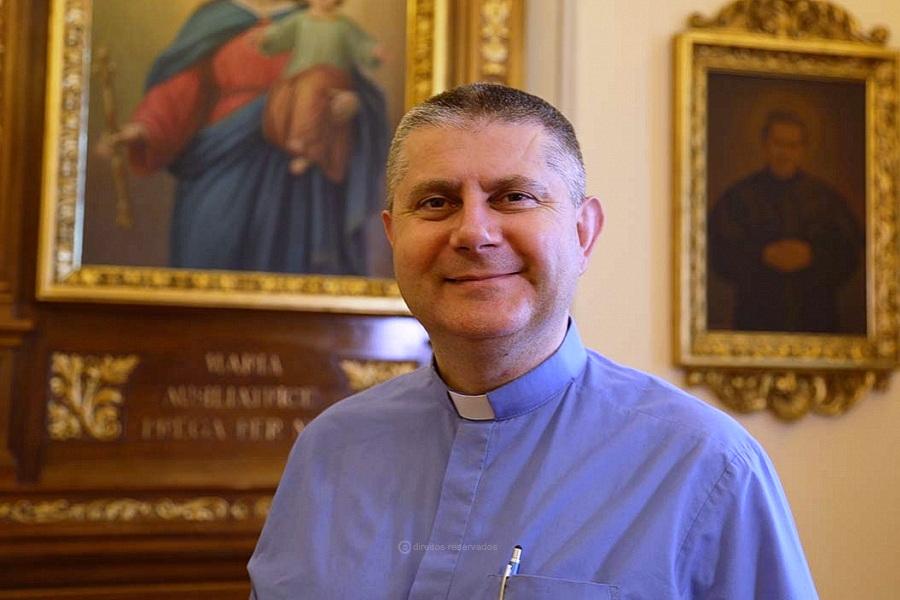 """Sinodalidade é o caminho de """"regresso ao Concílio Vaticano II"""" , afirma Padre Rossano Sala"""