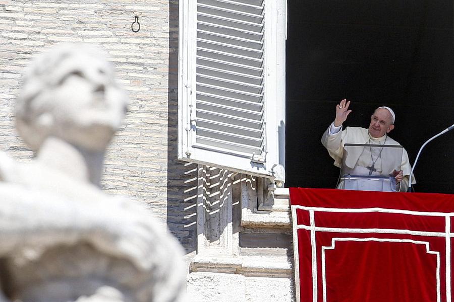 Papa desafia a servir quem «não tem como retribuir»