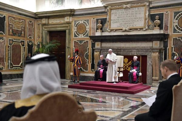 "Sinodalidade significa ""caminhar juntos"", afirma Papa Francisco"