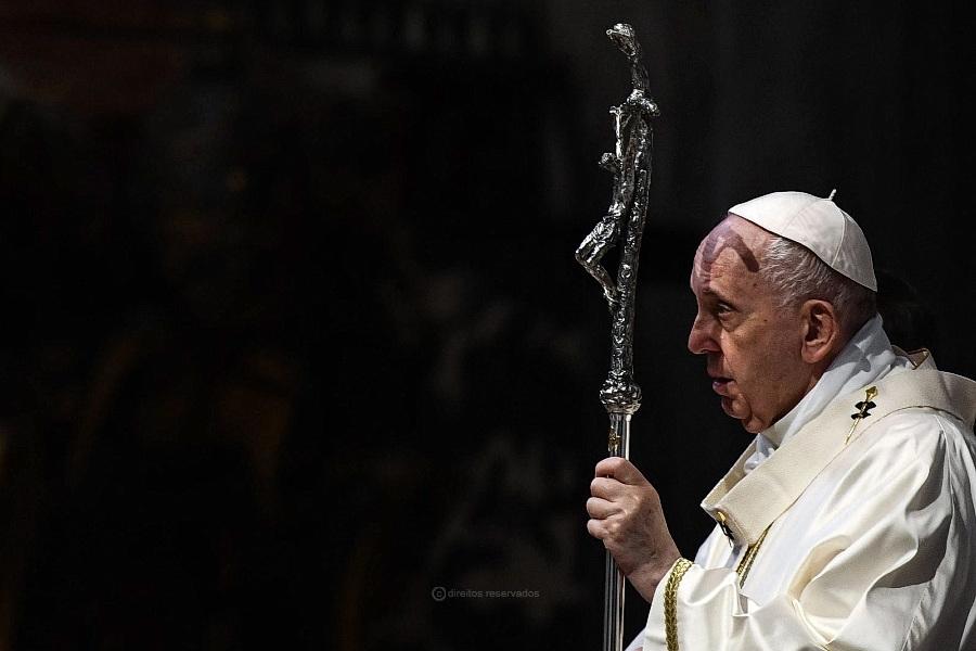 Papa questiona comodismo dos católicos na Europa, pedindo maior unidade