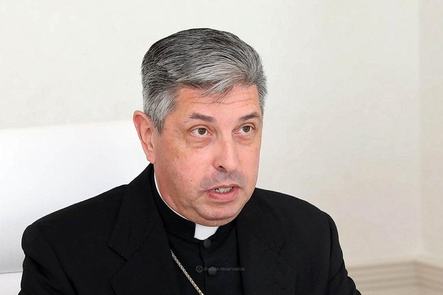 Um Núncio português na Pátria do Gulbenkian: Relações diplomáticas da Santa Sé