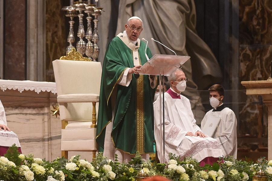 """Sínodo 2023: Papa diz que Igreja precisa de um """"processo de cura"""""""